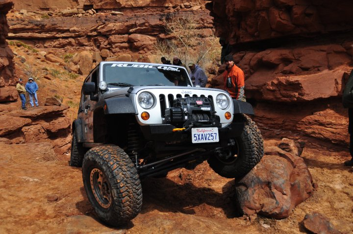 2011 jeep wrangler unlimited owners manual